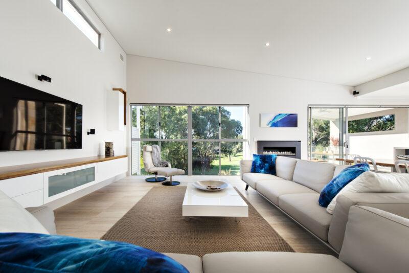 Residential Attitudes - Oswald Homes designed house - spacious ensuite
