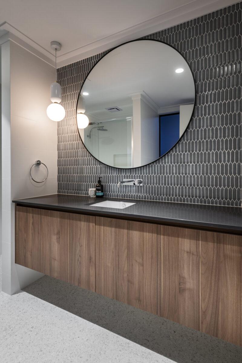 Mount Hawthorn bathroom design with double vanity